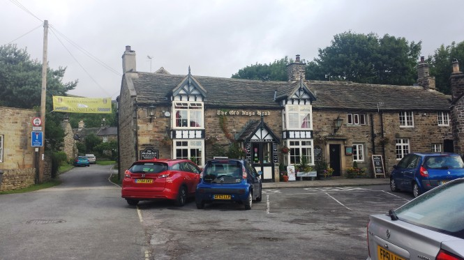 The Old Nag's Head, offizieller Startpunkt des Pennine Ways.